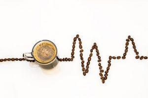 Meist wird Koffein in Form von Kaffee konsumiert